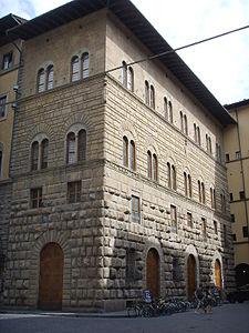 Palazzo_dello_strozzino_01