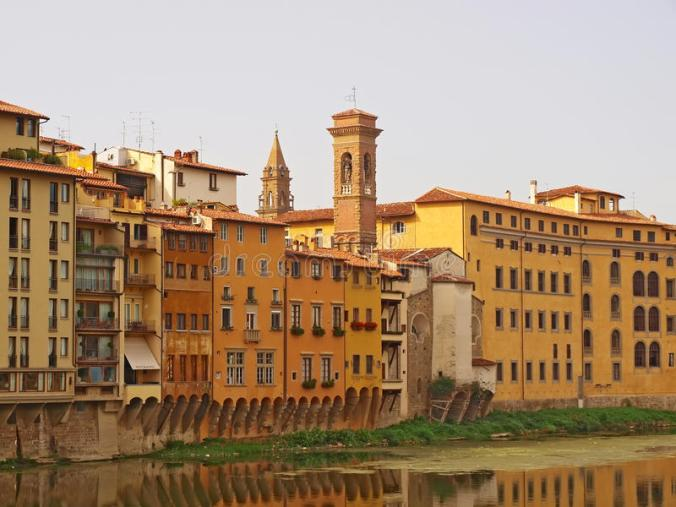 florence-houses-along-river-arno-29274247
