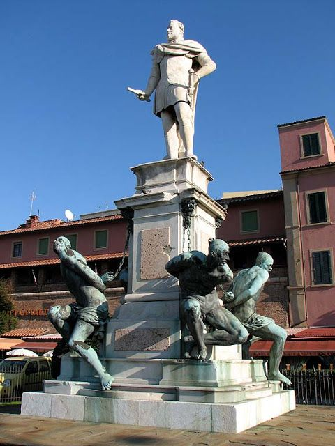 c32b1d6c58ae4e5034b2b9207a1b49fc--medici-statue-of