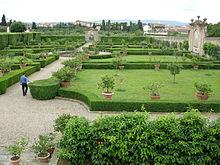 220px-Villa_la_quiete,_giardino_02