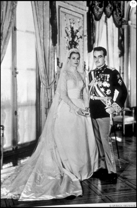 Grace Kelly wedding1.png