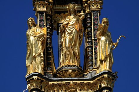 1024px-Virtues_of_the_Albert_Memorial_in_London,_spring_2013